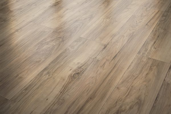 DYNAMIC HIGHLANDS 35725 Rustic Pecan